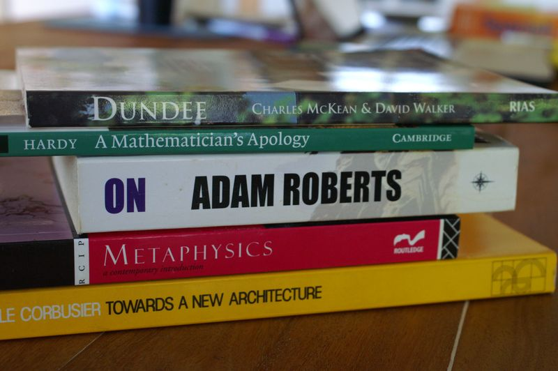 Book_spine_poetry